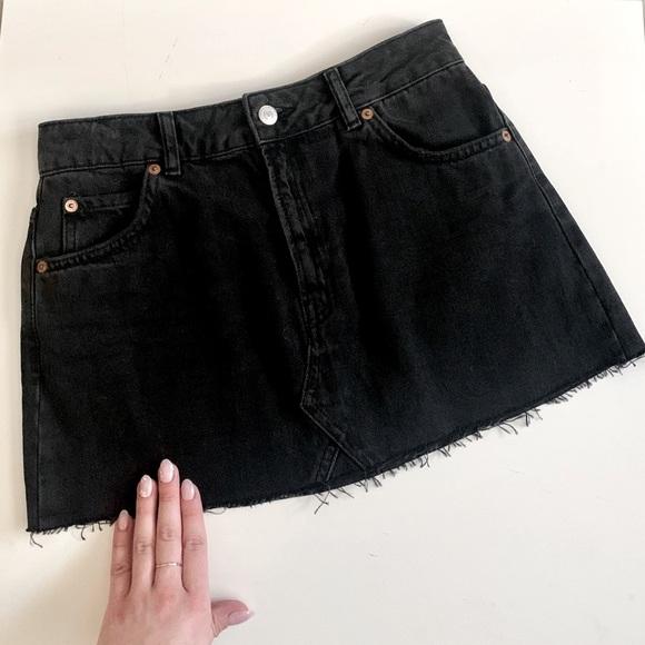 🥥TopShop Moto denim mini skirt